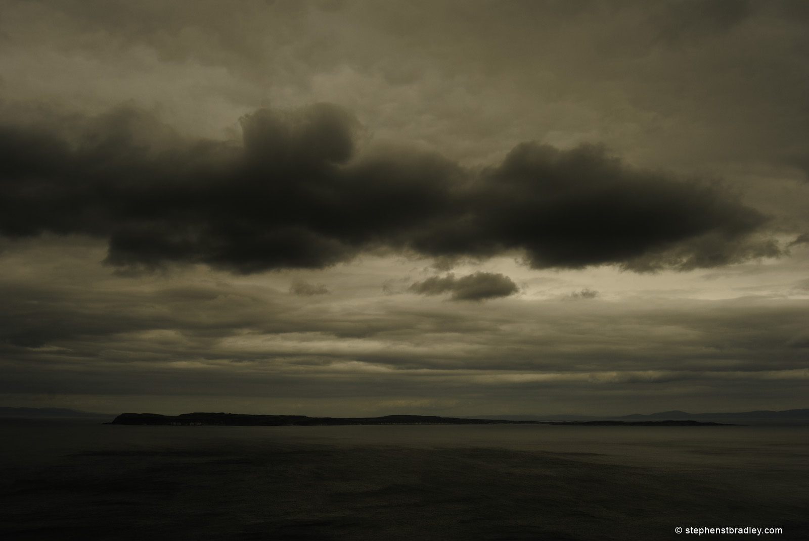Landscape photograph of Rathlin Island, Northern Ireland by Stephen Bradley photographer - photo 2131.