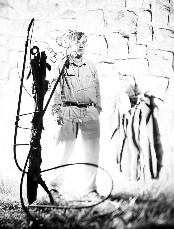 Editorial photographer Dublin, Ireland, portfolio. Photo of Dublin, Ireland sculptor by Stephen S T Bradley