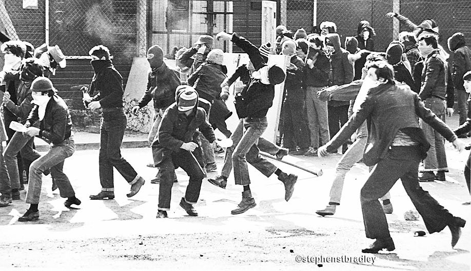 Rioters, Bogside, Derry, Northern Ireland, during IRA hunger strike, by Stephen S T Bradley, editorial, commercial, PR and advertising photographer, Dublin, Ireland