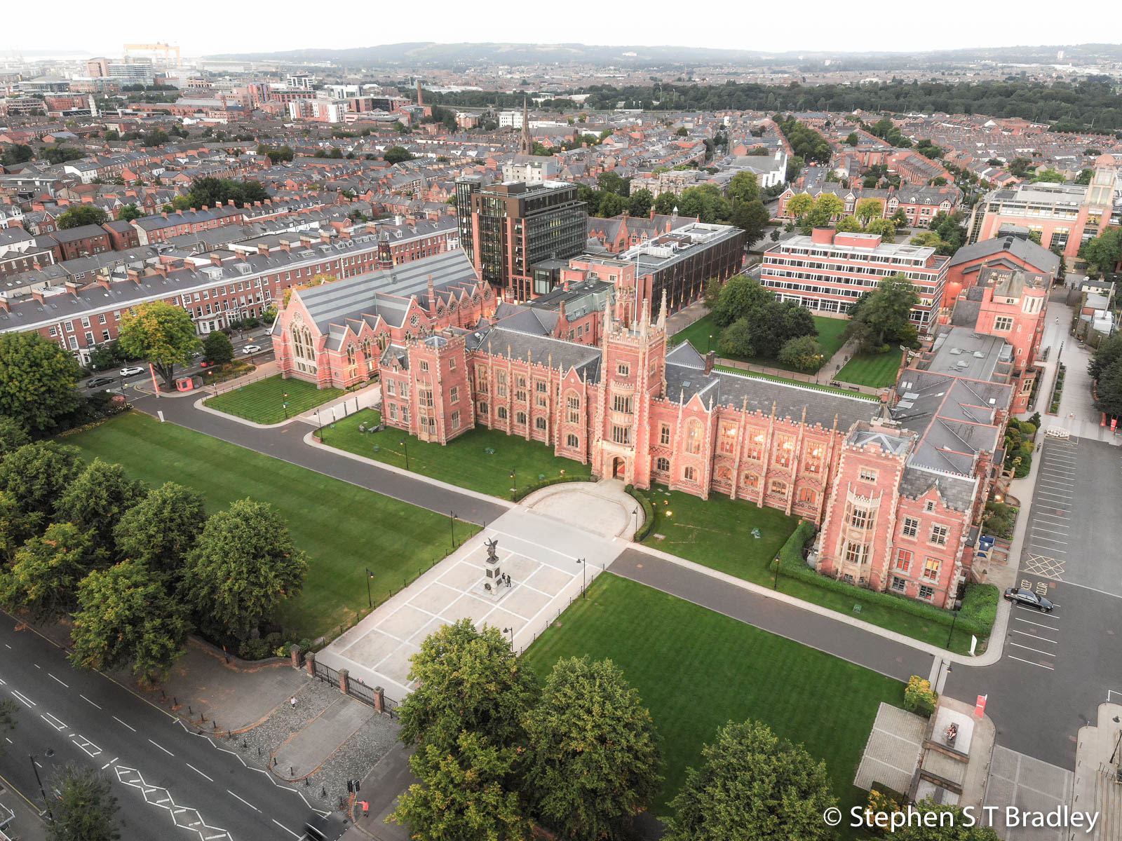 Aerial photograph of Queens University Belfast by Stephen S T Bradley - aerial drone photographer and video production services in Dublin and throughout Ireland. Photo reference 0142